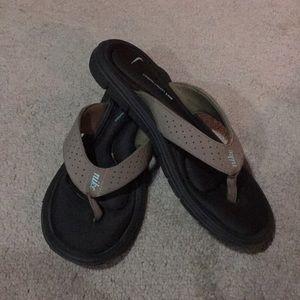 Niki Memory Foam Sandals